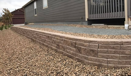 Retaining Wall Construction and Hardscaping Denver and Aurora CO.